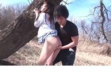 Phim sex dẫn bạn gái vào rừng đóng gạch xã giao